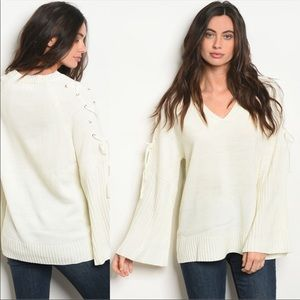 🆕 OCTOBER LOVE IVORY SWEATER